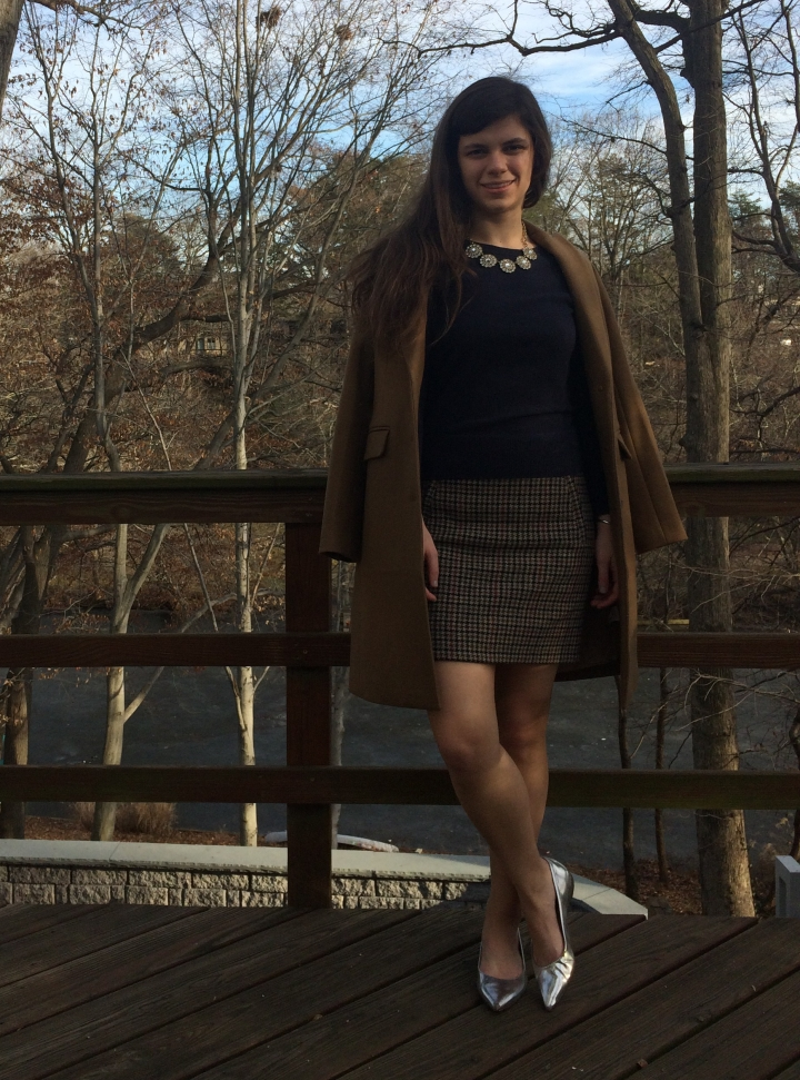 holiday outfit with houndstooth skirt