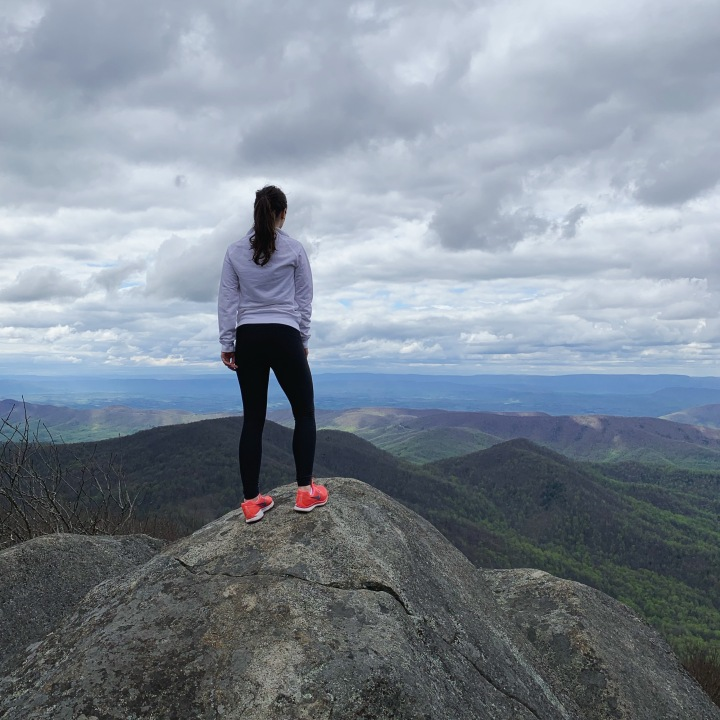what to wear hiking Flat Top Mountain